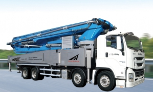 Large Concrete Pump Truck